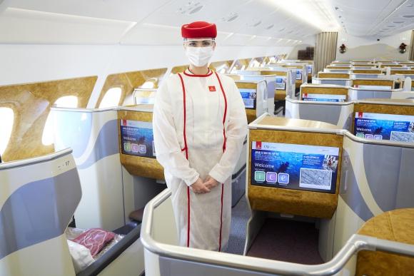 Linie Emirates oferują rozszerzone ubezpieczenie turystyczne od wielu ryzyk LIFESTYLE, Podróże - Wszyscy pasażerowie, którzy kupią bilet Emirates od 1 grudnia, skorzystają z innowacyjnego ubezpieczenia turystycznego od wielu ryzyk, które znacznie rozszerza dotychczasowy pakiet ochronny COVID-19.